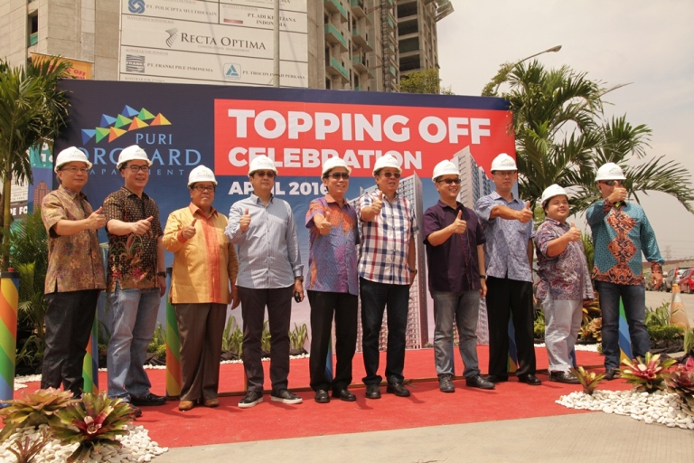 "Seremoni Topping Off Tower ""Orange Grove"" Apartemen Puri Orchard"