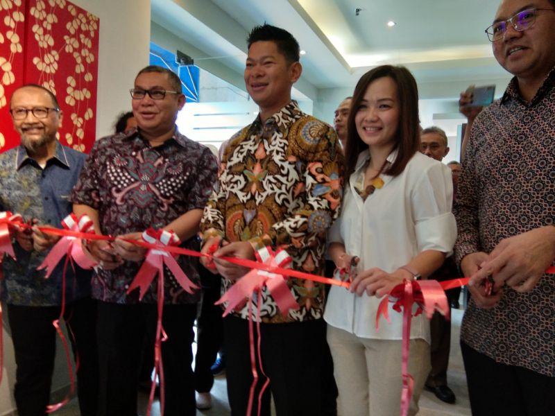 "Essenza"" Reborn Buka Showroom Perdana Di Jakarta"