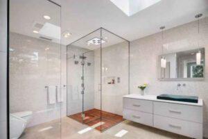 kamar mandi kaca minimalis